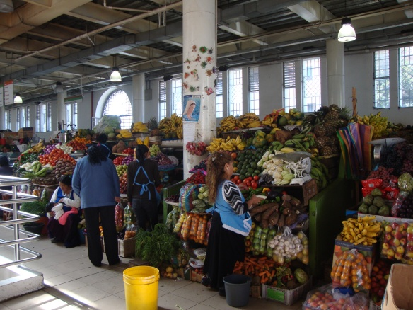Veggies and fruits_market in Ecuador